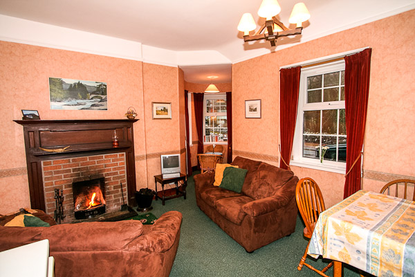 Gate Lodge South Living room