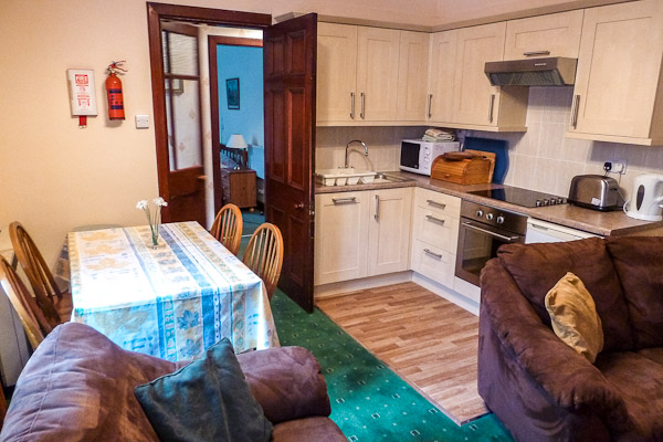 Gate Lodge South open plan kitchen living space